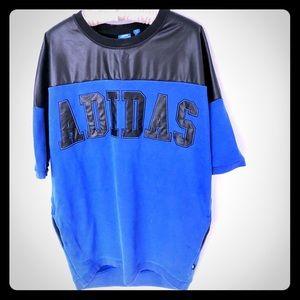 ADIDAS long Logo Sweatshirt